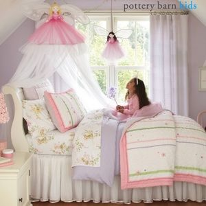 Pottery Barn Kids Rainbow Ribbon Floral Comforter